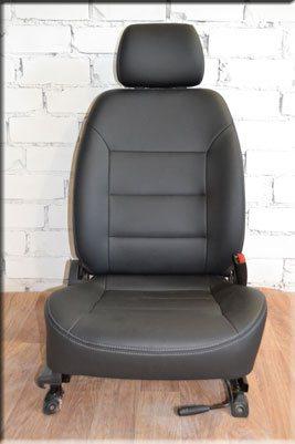 перетяжка автомобильных сидения