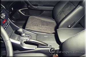 перетяжка салона алькантарой Honda Accord 8