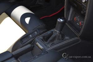 Перетяжка салона кожей VW Corrado фото3
