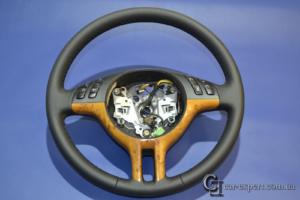 перетяжка рулевого колеса кожей