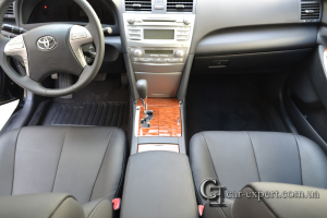 Перетяжка кожей салона Toyota Camry V40