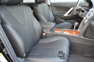 Перетяжка сидений кожей Toyota Camry V40