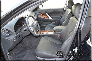 Перетяжка салона кожей Toyota Camry V40
