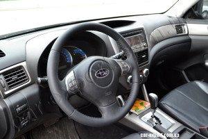 перетяжка руля кожей Subaru Forester