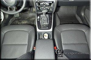 перетяжка салона эко-кожей Audi A5