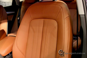 перетяжка салона кожей Audi q5 - 1