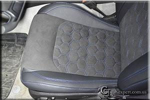 перетяжка сидений алькантарой chevrolet camaro