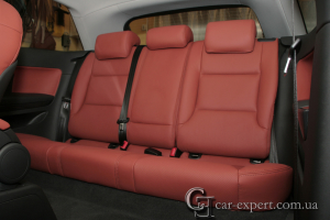 Перетяжка салона Audi A3 кожей wollsdorf