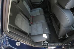 Перетяжка сидений кожей и алькантарой Audi A4