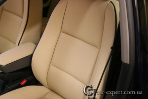 Перетяжка сидений кожей. Audi A4.