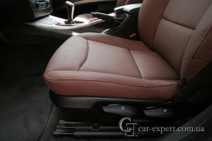 Перетяжка сидений BMW E90