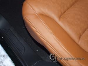 Кожаные сидения VW Touareg