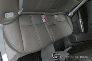 Перетяжка сидений Subaru Forester
