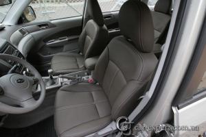 Перетяжка салона Subaru Forester натуральной кожей