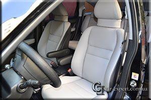 Перетяжка салона эко-кожей Honda CRV