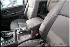Перетяжка салона кожей и алькантарой VW Amarok