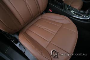 Перетяжка сидений Opel Insignia кожей