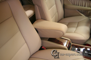 Перетяжка салона кожей Mercedes w126
